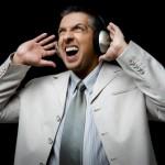 Слушаем музыку на работе